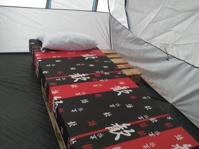 Палатки под наем на морето