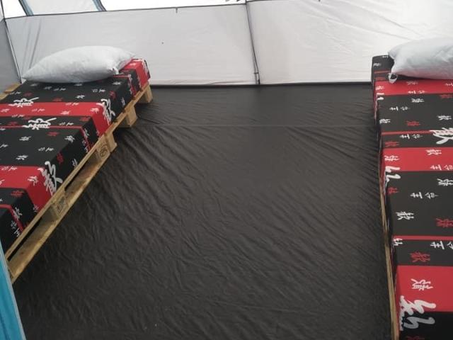 Палатки под наем в къмпинг
