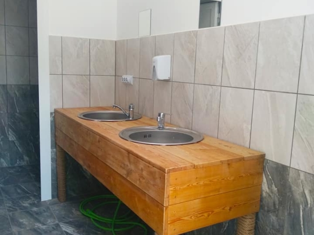 Къмпинг Атлиман санитарни помещения