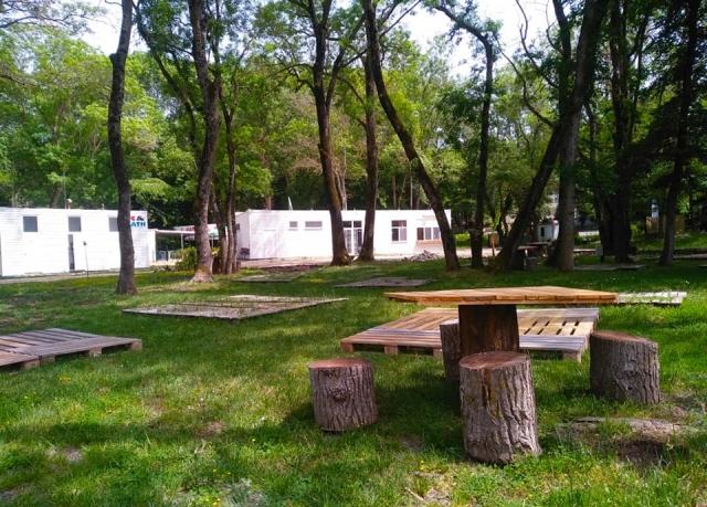 Места за палатки в къмпинг Атлиман